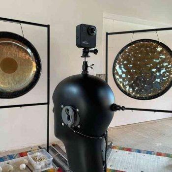 Binaurale Aufnahme Gongs